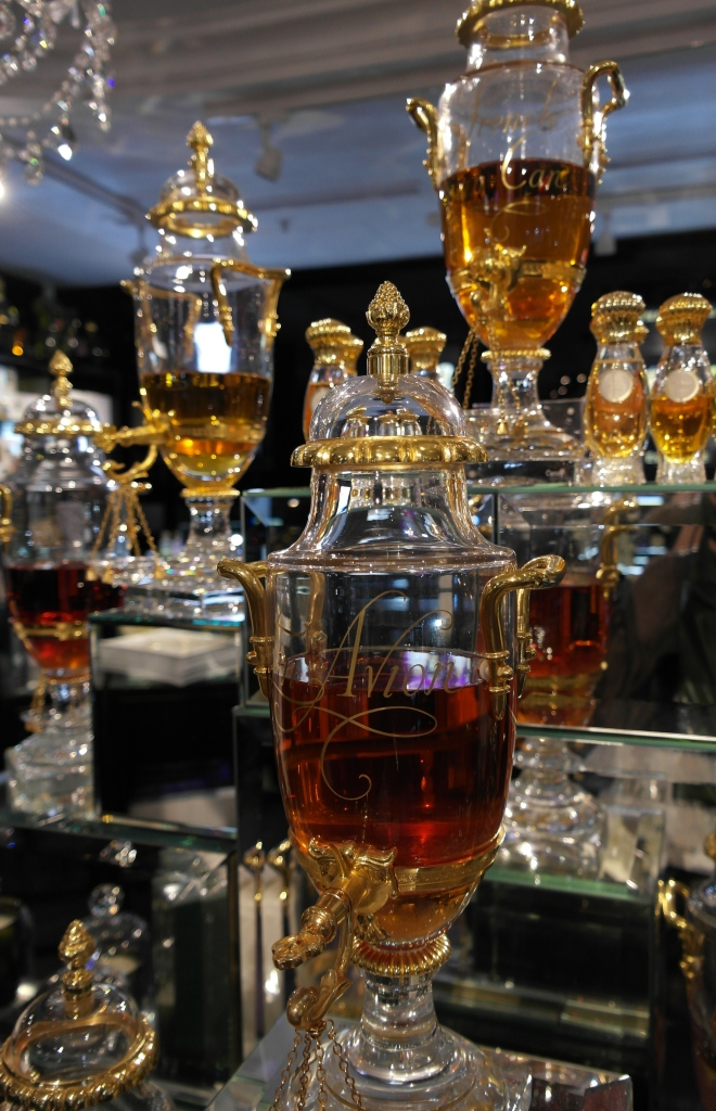 Exclusive perfume1