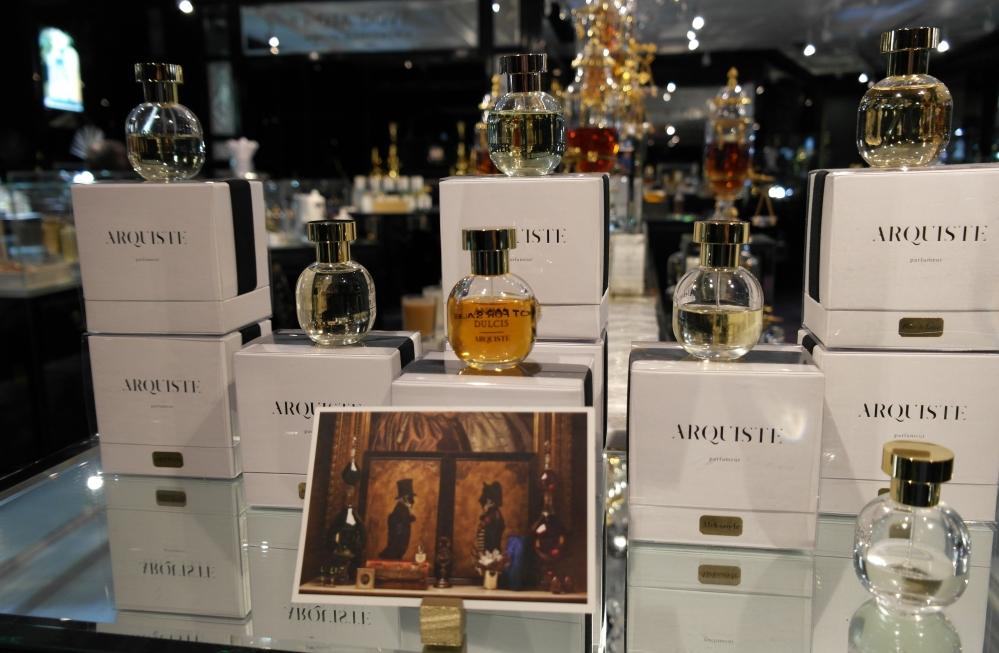 Exclusive perfumes4
