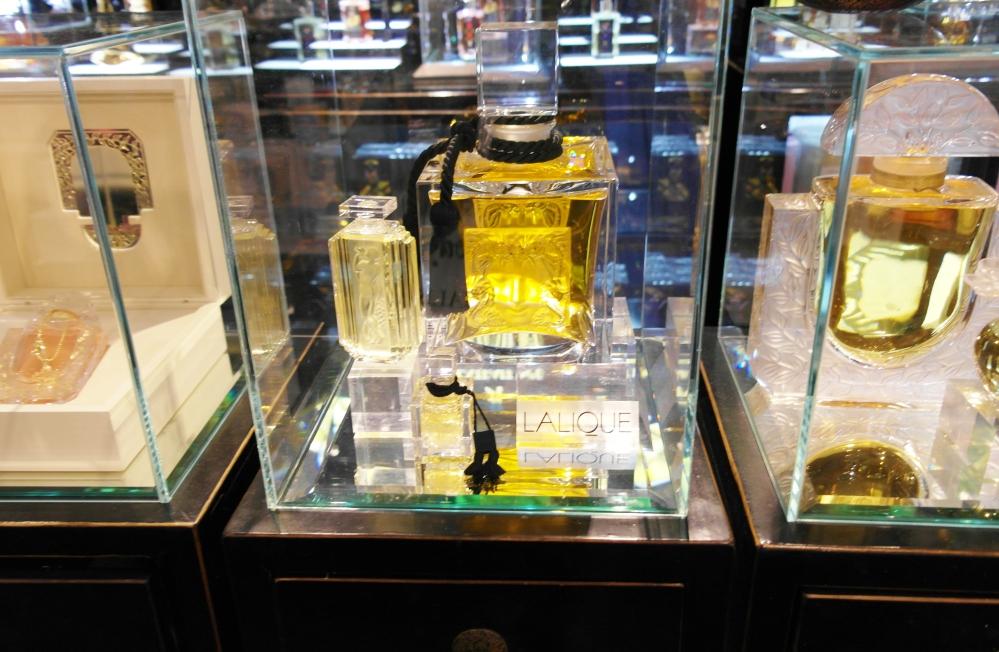 Exclusive perfumes9
