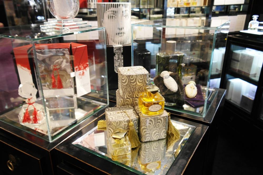 Exclusive perfumes8